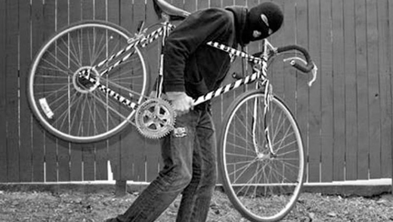"""Велосипедного воришку поймали по """"горячим следам"""""""