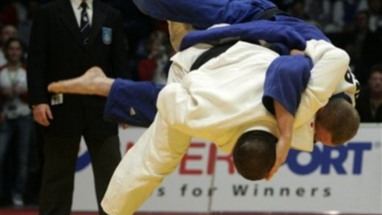Оренбургские дзюдоисты завоевали 6 медалей на чемпионате ПФО