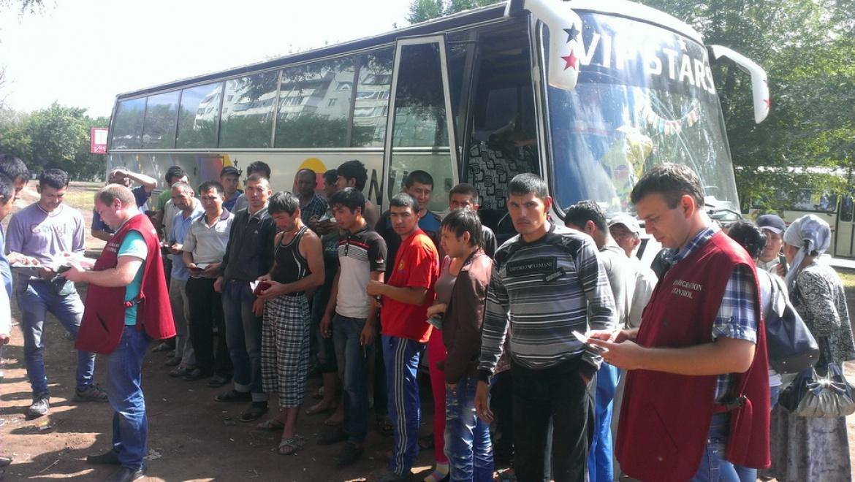 Более трети пассажиров ночного автобусного рейса оказались нарушителями миграционного законодательства