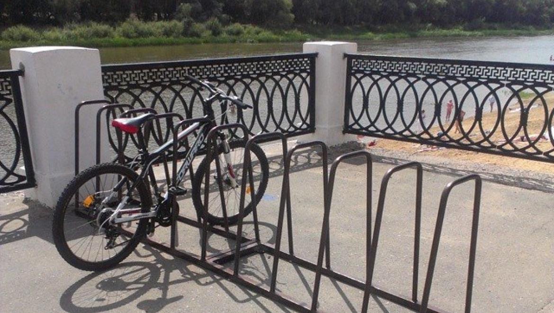 В районе городского пляжа появилась велопарковка на десять мест