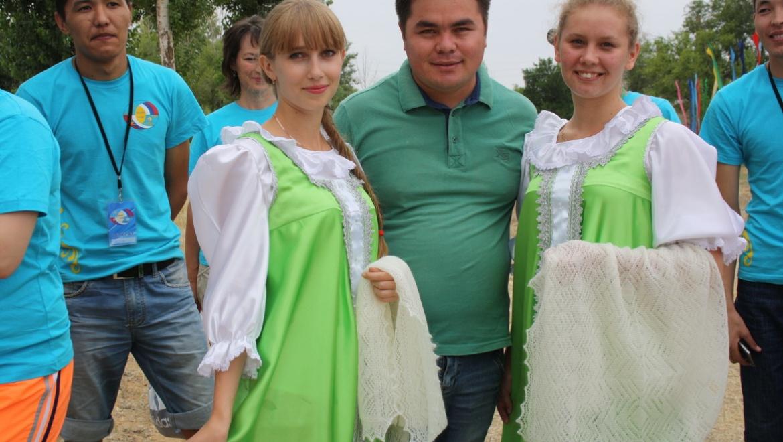 В Казахстане завершил работу международный молодежный лагерь «Соседи»