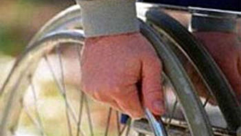 Подъемник для ветерана: в Гае решают проблемы  создания доступной среды для инвалидов