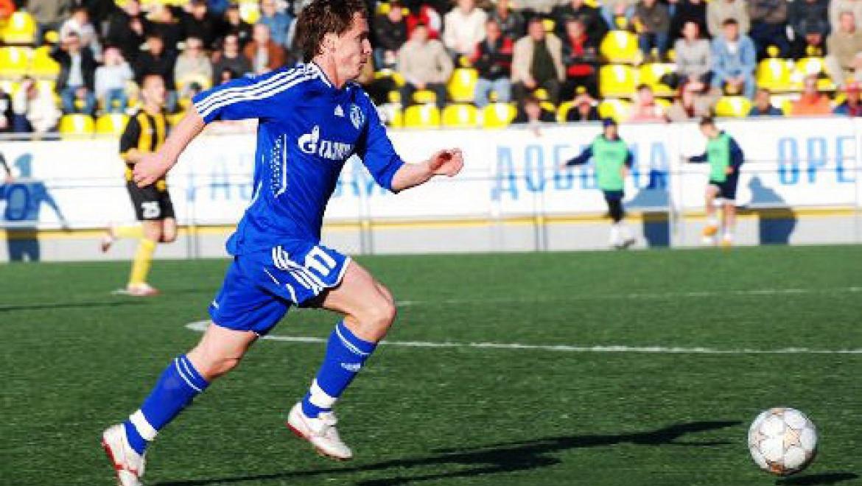 «Газовик» - лидер Футбольной национальной лиги