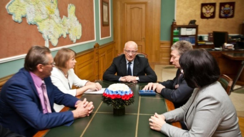 Губернатор Юрий Берг провел встречу по итогам прошедшей избирательной кампании