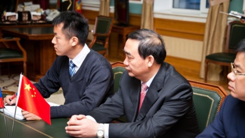 Губернатор Юрий Берг встретился с представителями делегации Китайской Народной Республики