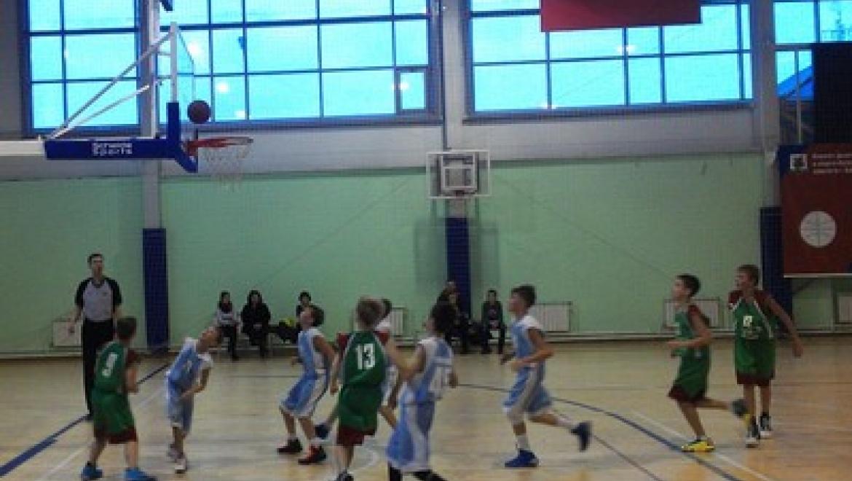 Команды Казани успешно выступили на домашнем турнире по баскетболу памяти В.Левченко