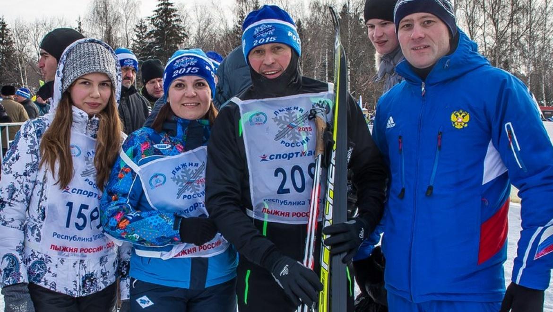 В «Лыжне России-2015» в Казани приняли участие более 20 тысяч человек