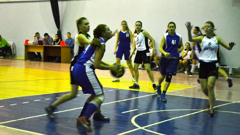 Сборная Оренбургского госуниверситета по баскетболу взяла первое место