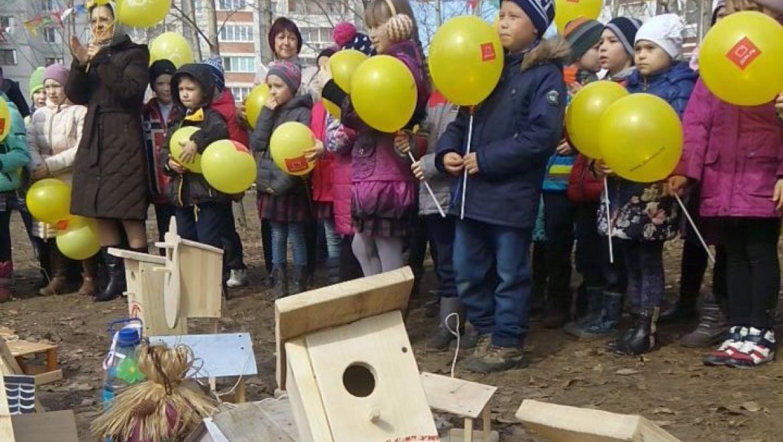 Порядка 200 жителей Казани приняли участие в акции «Весенняя кормушка»