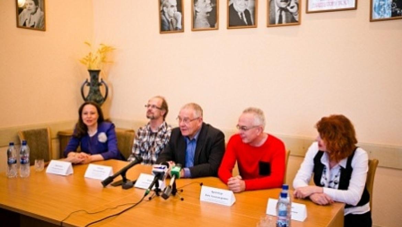 На оренбургской премьере мюзикла «Биндюжник и Король» Александра Журбина присутствовал сам автор