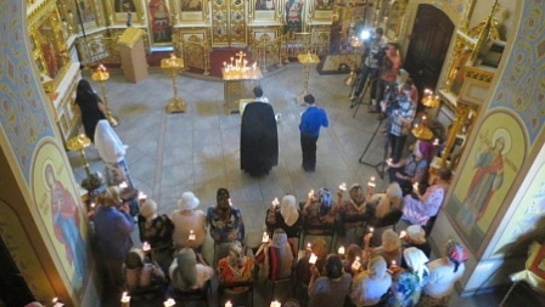 «Солдатские вдовы» приняли участие в панихиде памяти погибших и умерших участников ВОВ
