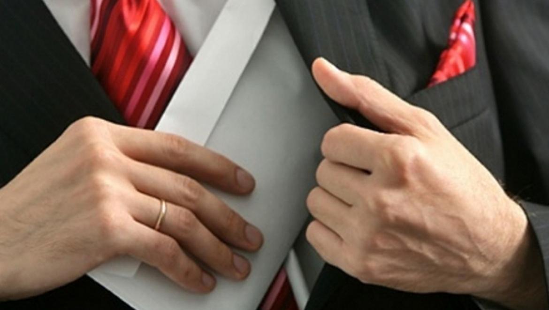 Директора МУП «Водоканализационное хозяйство г. Бузулука» и по совместительству депутат горсовета обвиняется в растрате