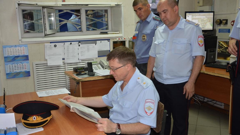 Главный полицейский области проверил работу восточных подразделений