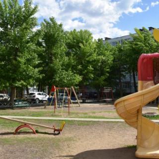 Состоялась проверка готовности детских площадок к лету