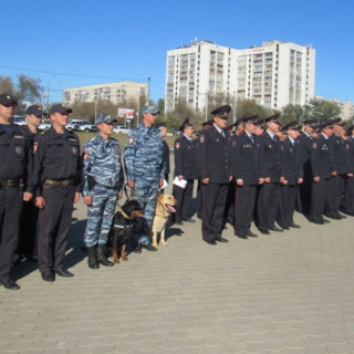 В Оренбурге состоялся смотр полицейских нарядов