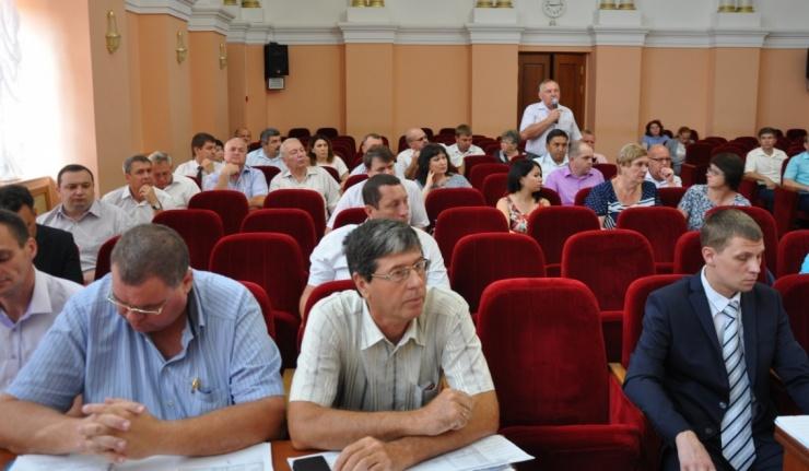 Евгений Арапов: опрессовка в городе должна быть завершена до 15 августа