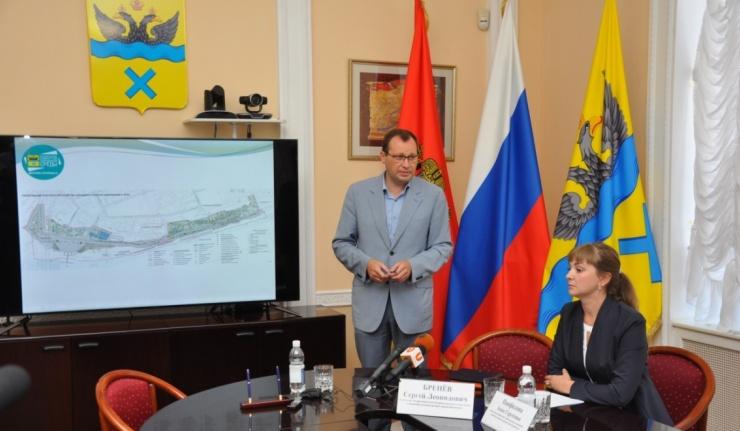 В Оренбурге закрывают все спуски к Уралу и пешеходному мосту